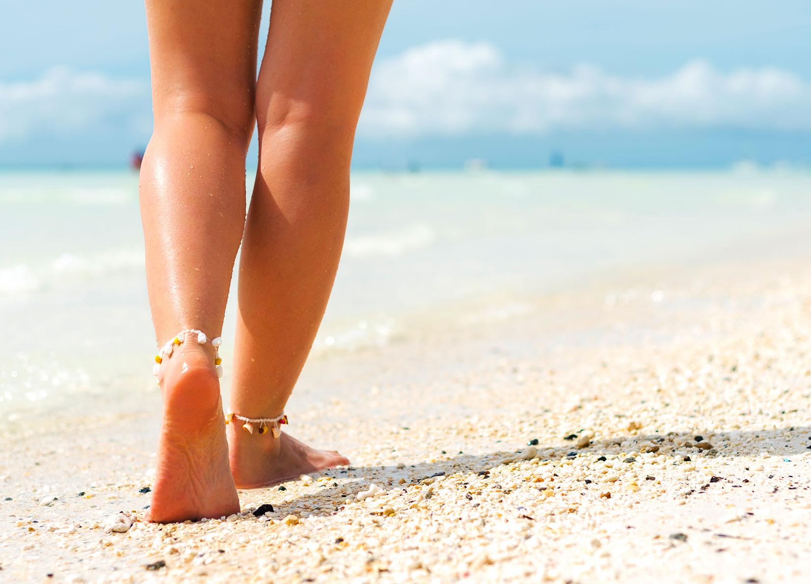 Sabbia, mare e sole. Elisir per combattere la cellulite